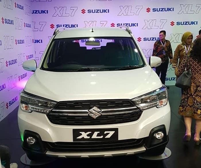Xe Suzuki XL7